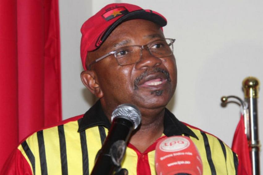 Camarada Presidente, o MPLA não recebe recados, somos parte do Governo