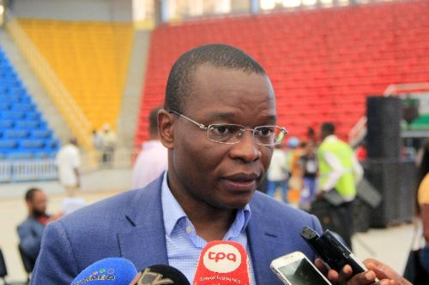 Ministro angolano reafirma gradualismo autárquico em Angola