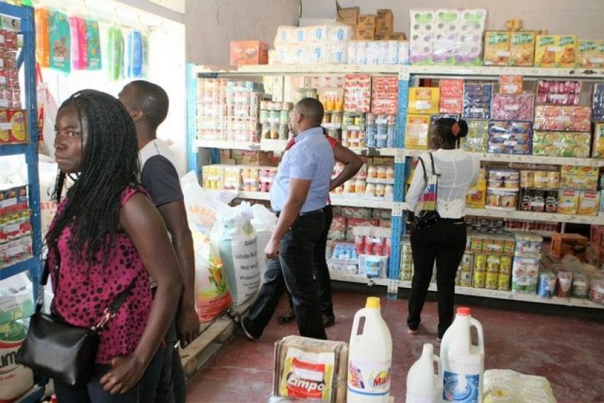 Entrada em vigor do IVA em Angola adiada para outubro