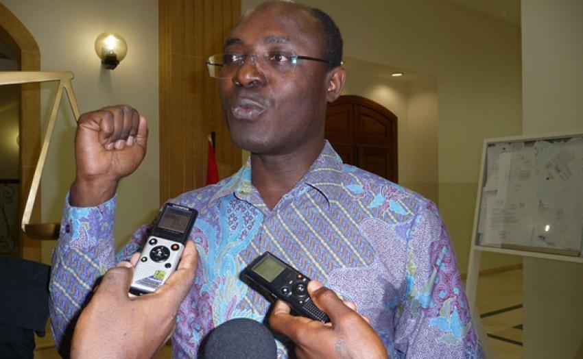 Tribunal de Luanda volta a adiar julgamento do jornalista  Rafael Marques