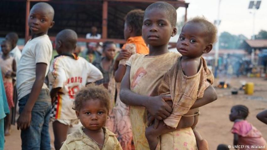 Angola propoe-se erradicar pobreza extrema até 2030