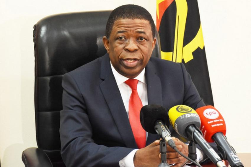 """Envolvimento de figuras do MPLA no desvio de U$ 4,7 bilhões """"não vai criar uma crise no partido"""""""
