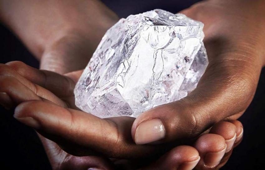 Angolana Sodiam deixa de vender diamantes brutos para árabes da Odyssey