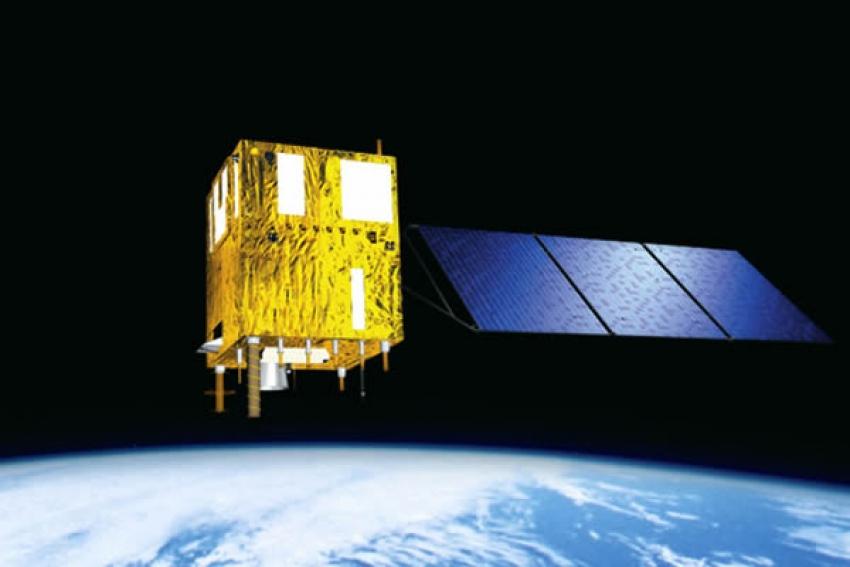 """Satélite angolano está em órbita mas """"estado de saúde"""" só é conhecido a 23 de abril"""