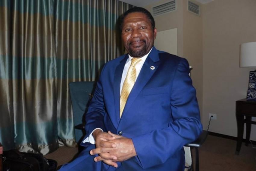 Isaías Samakuva é um político barato