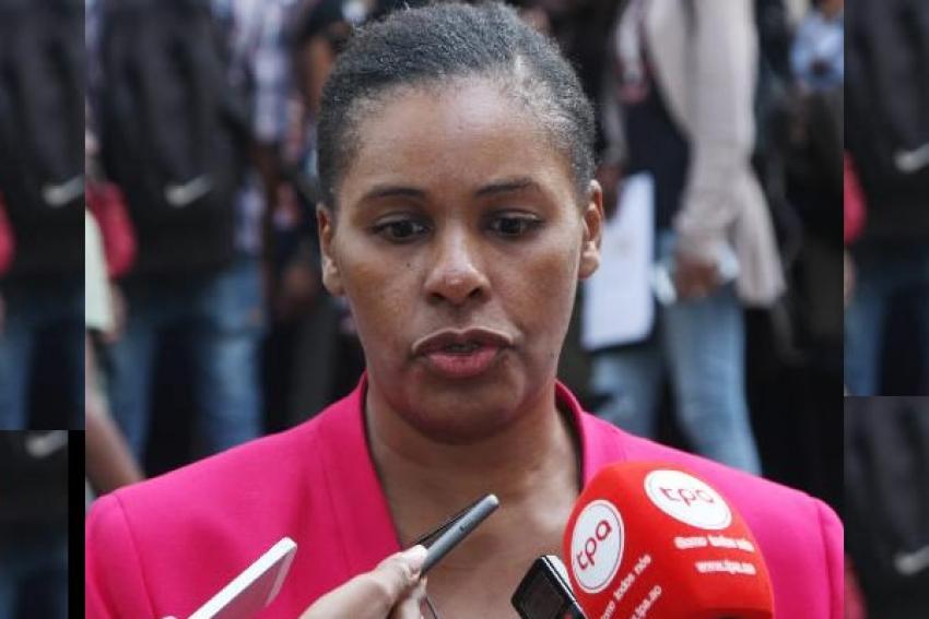 Presidente da República, João Lourenço exonera secretária Ângela Mingas