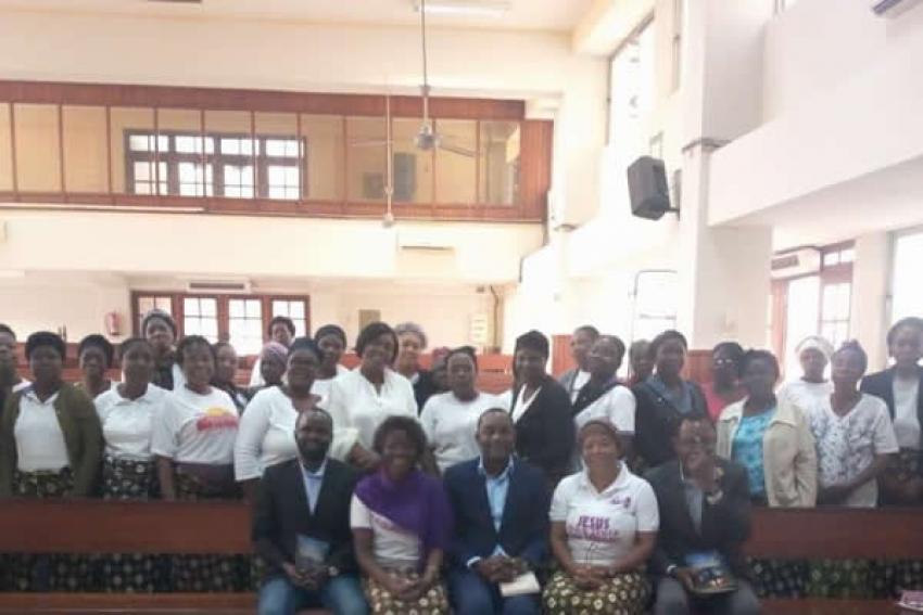 Ministério da mulher da Igreja Adventista do 7° dia dedicam culto de acção de graça ao Presidente João Lourenço