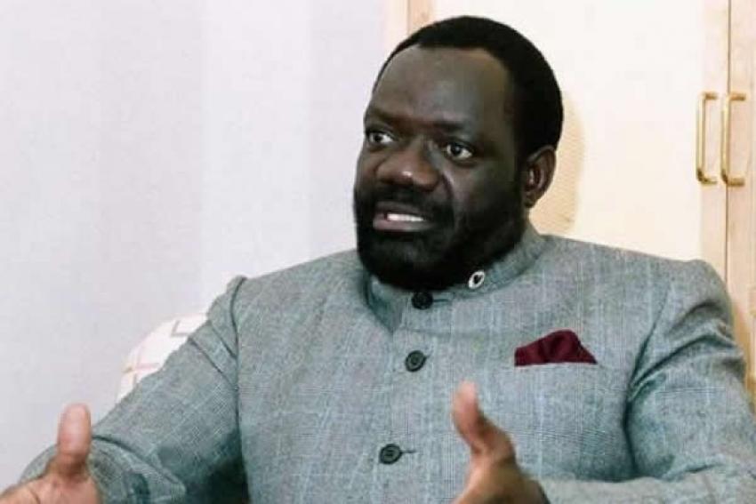 Jonas Savimbi: morto, mas preso