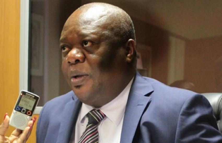 Diplomata angolano no Brasil acusado de burla