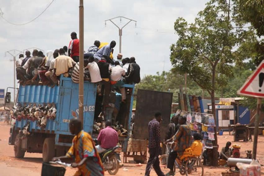 Governo angolano vai lançar programa para combater crescente êxodo rural