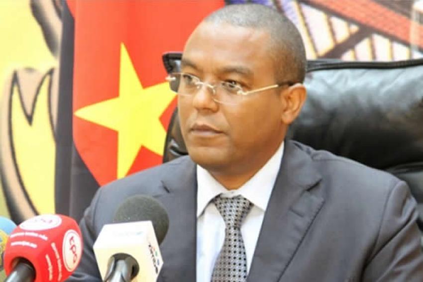 Delegação da Reserva Federal visita Angola com correspondência bancária na agenda