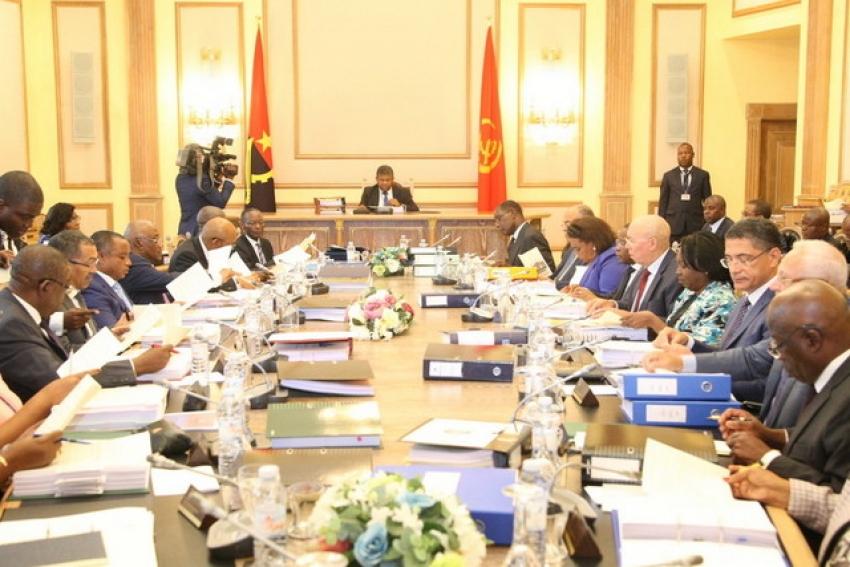 Conselho de Ministros angolano aprova estratégia de endividamento de médio prazo