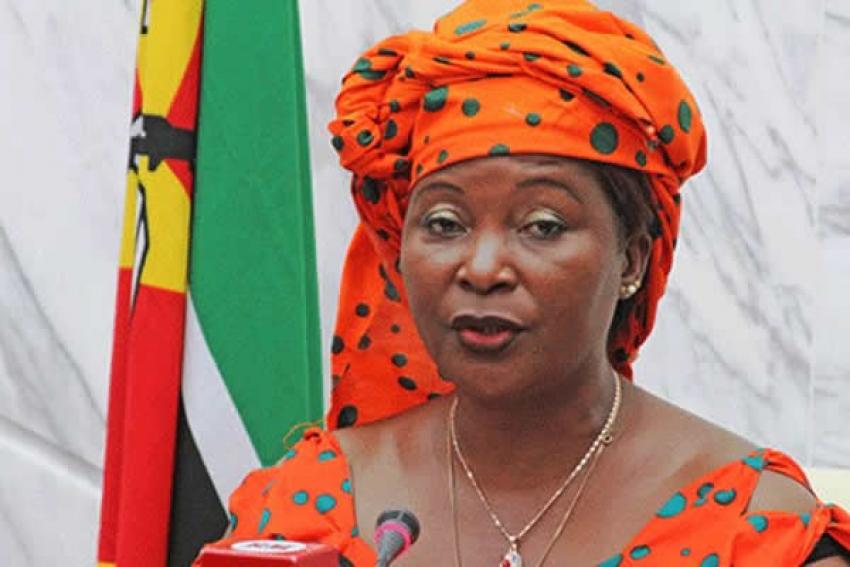 Embaixadora moçambicana em Angola acusada de receber 1,6 milhões dólares de subornos