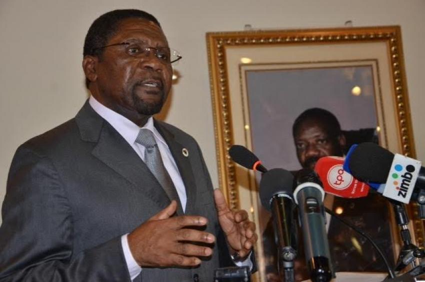 Autarquias: Isaías Samakuva rejeita lições de Moçambique