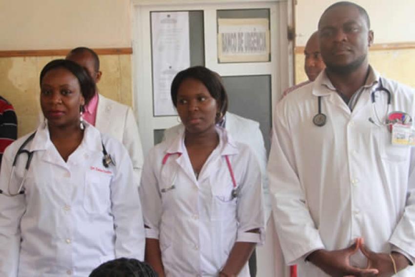 Governo lança concurso público para preencher 7.667 vagas no setor de saúde