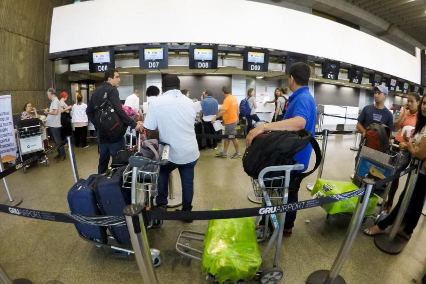 Dois angolanos entre os 11 estrangeiros expulsos pelo ministro brasileiro Sérgio Moro