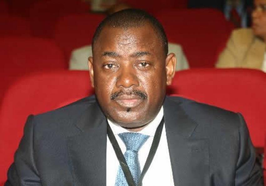 PR angolano exonera ministro dos Transportes