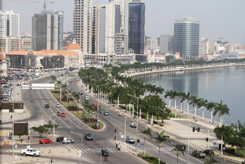 Economia angolana fecha o ano com recessão de 0,4%, refere a consultora FocusEconomics