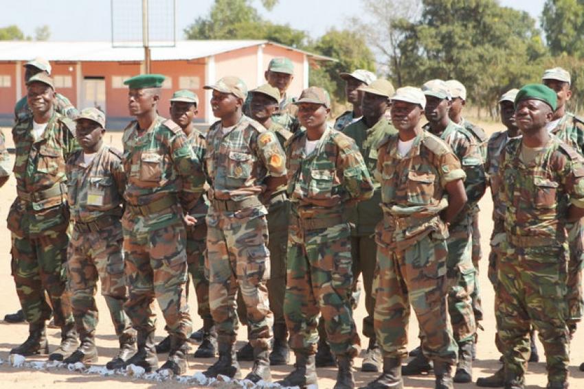Crise financeira travou cooperação militar entre Angola e a Sérvia