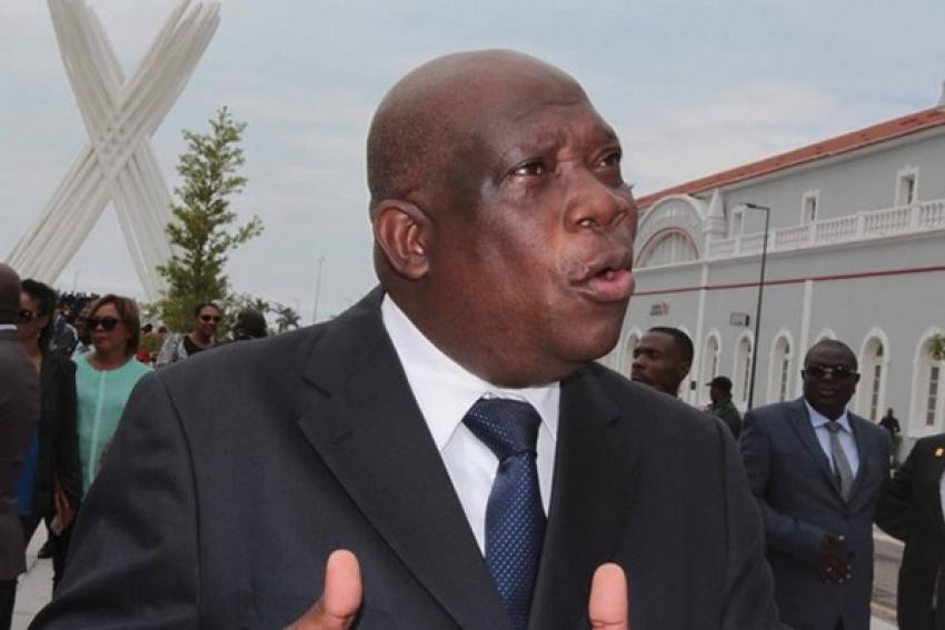 Governador de Luanda diz que não é contra greve mas vai penalizar enfermeiros