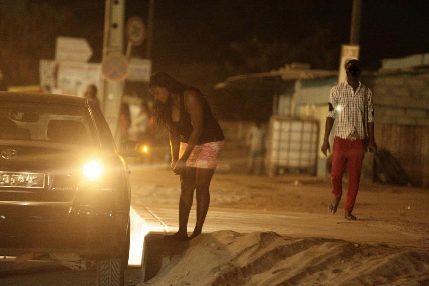 Governo angolano sem solução para o desemprego e prostituição juvenil