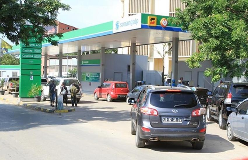 FMI diz que Angola precisa de duplicar preço dos combustíveis em oito meses