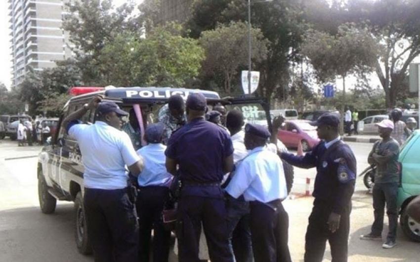 Polícia dissipou manifestação em Luanda para lembrar massacre de 27 de maio de 1977
