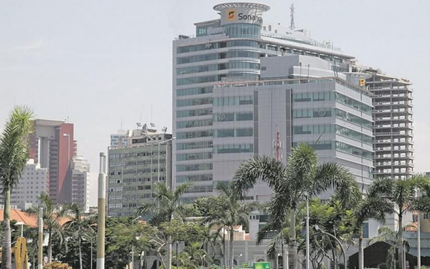 Sonangol escolhe novos fornecedores de combustíveis e acaba com monopólio da Trafigura