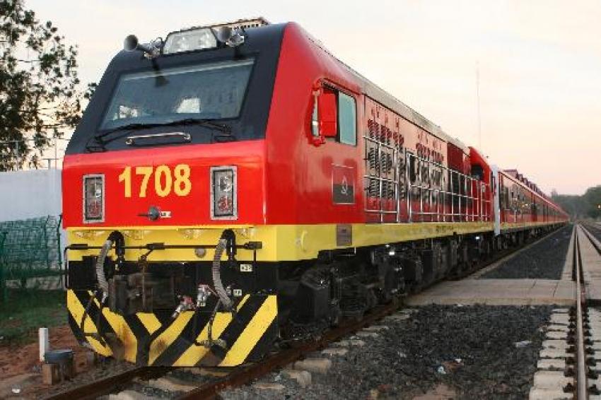 Caminhos de Ferro de Luanda com dificuldades financeiras para responder a reinvidicações dos funcionários