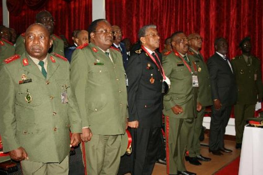 PR exonera e nomeia quadros militares