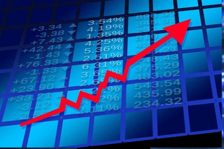 Depois  da recessão Angola deve crescer 2,1% este ano - Consenso da Bloomberg