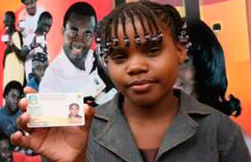 Metade dos angolanos sem registo de nascimento ou bilhete de identidade - Governo