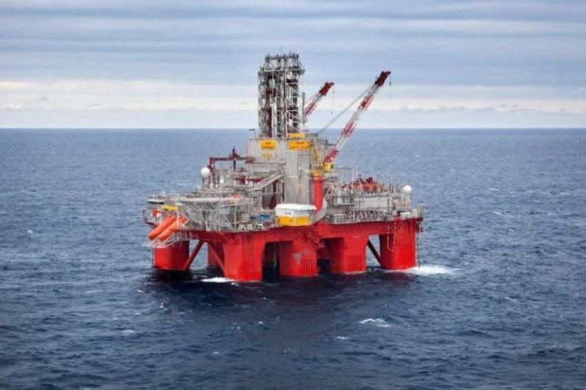 Custo médio de produção de petróleo por barril sobe 7,53 dólares