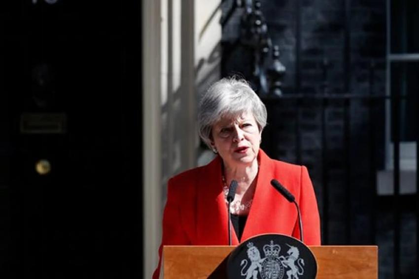 PM britânica anuncia demissão devido ao fracasso no 'Brexit'