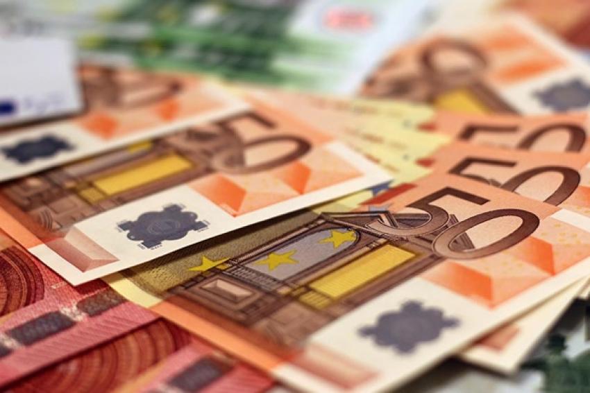 BNA realiza leilão de venda de divisas para assegura importação de matéria-prima