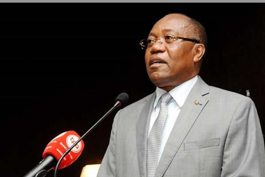 Angola quer apoio dos EUA para combate à corrupção e regresso dos bancos correspondentes