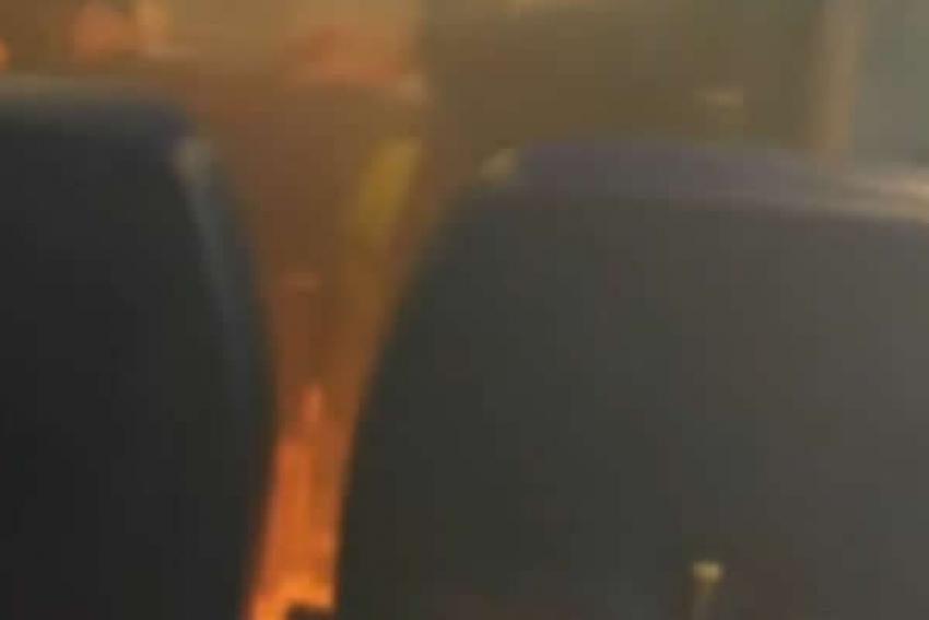 Veja o que acontece quando um celular explode dentro de um avião