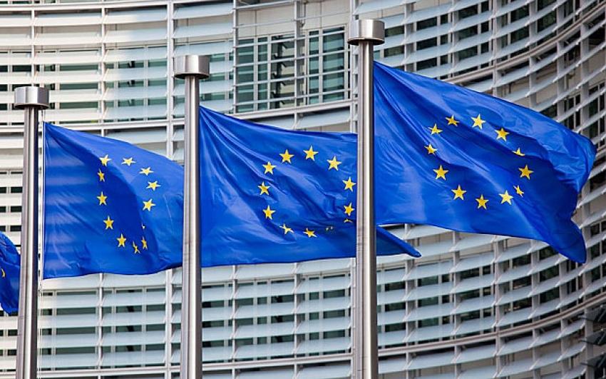 Eleições/RDCongo: UE apoia apelo de União Africana para suspender anúncio de resultados